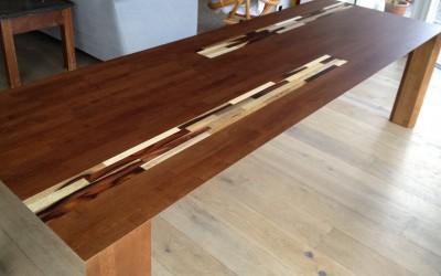 Eiken tafel, donkergekleurd, contrasthout: dark mixed wood