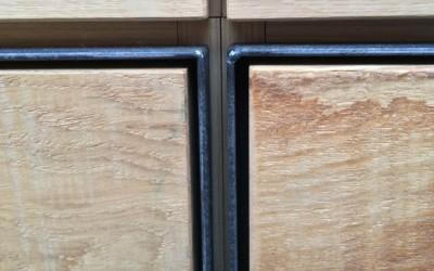 Massief eiken keuken, detail front: stalen frame