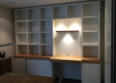 Boekenbureaukast met ledverlichting, blad massief eiken
