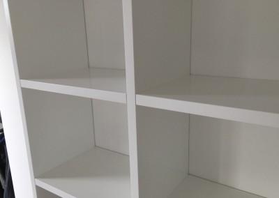 Boekenbureaukast, detail, kastwand 22 mm dik,  gespoten MDF