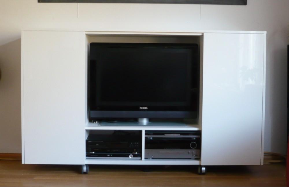 Tv Meubel Verrijdbaar : Audio meubelen diks design
