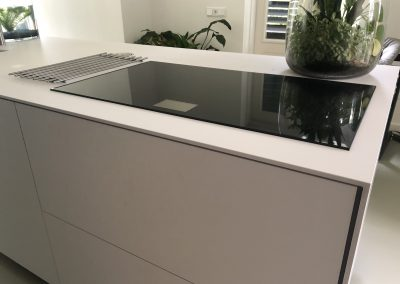 Keukenblok, materiaal Fenix, dit is supermat, krasvast en vlekvrij
