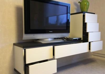 TV-meubel, in kleur gespoten